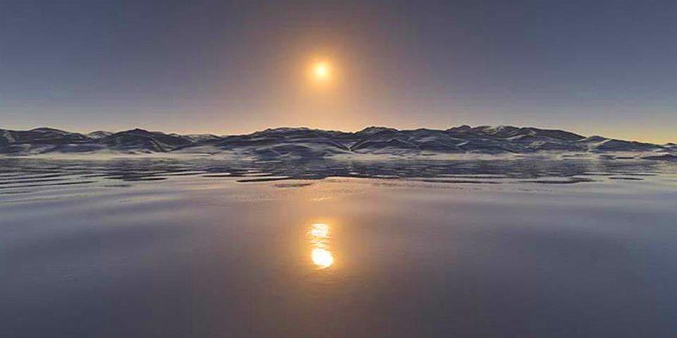 ما معنى زوال الشمس عن وسط السماء؟